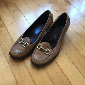 Vintage Ferragamo loafers size 8.5 wide. Ochre